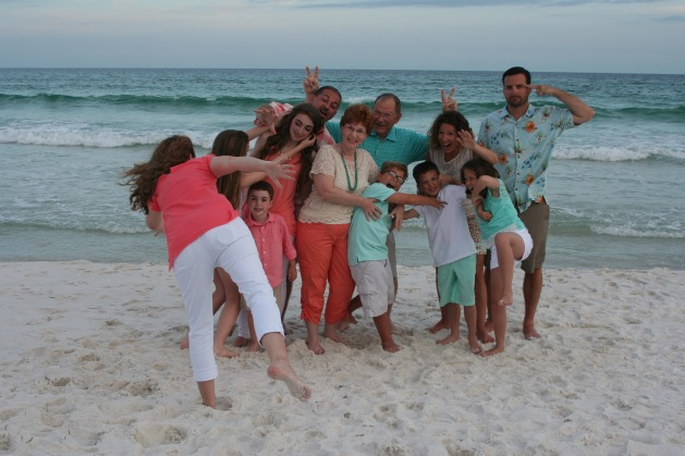 Family Beach picture FAIL